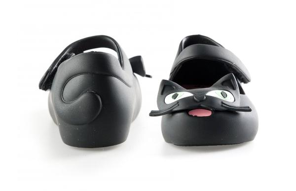 mini-melissa-ultragirl-kitty-shoes