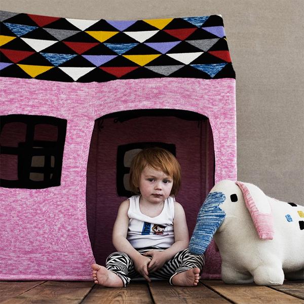 lucky-boy-sunday-pink-kids-house