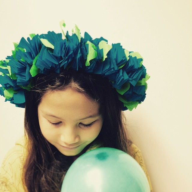 Monday morning birthday memories... Have a nice day! #latergram #birthday #anniversaire #diy #flowerpower #aloha #party #instakids #kids #instamoment