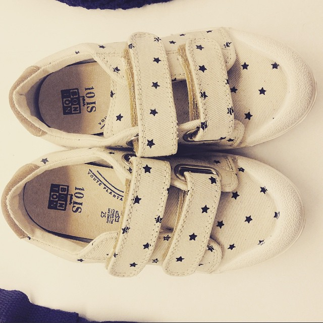 Bonton + 10 IS = Must-Have Kids Shoe for Spring & Summer!! Rendez-vous chez Bonton Filles du Calvaire aujourd'hui pour in goûter et atelier tatouages !! ❤️❤️❤️❤️ #bonton #10is #kid #shoes #paris #kidsfashion #instakids