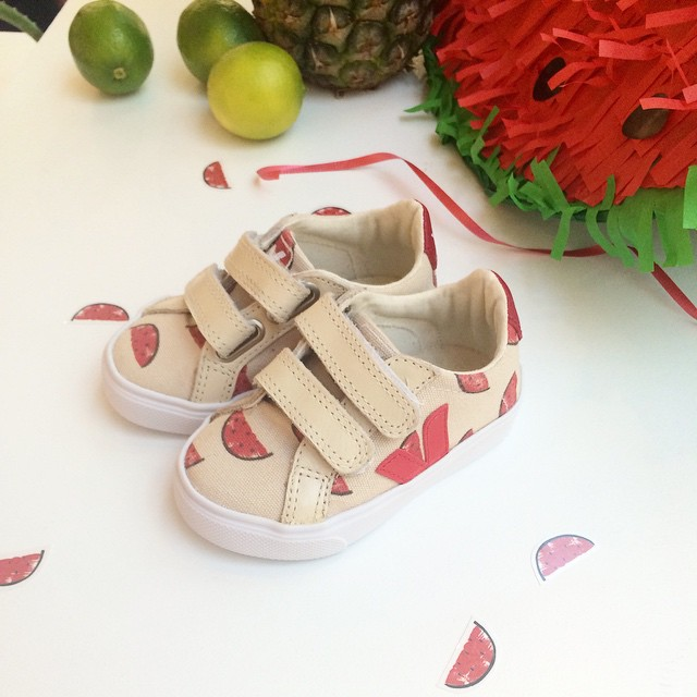 MUST-HAVE : the super cute eco-friendly Watermelon trainers by Bobo Choses x Veja ! ?? #pasteque #watermelon #kidsfashion #bobochoses #veja #centrecommercialkids