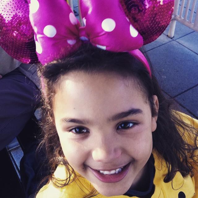 Minnie est ravie ! #disneyland #instakid #happy #paris #instagramkids #disneylandparis #disney