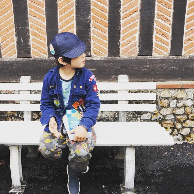 Last day of Spring Break! Fresh country air before heading back to city life... #love #kids #normandie #ig_kids #kidsfashion #vacances #bobochoses #instagram_kids #munsterkids #igloandindi #pokemon
