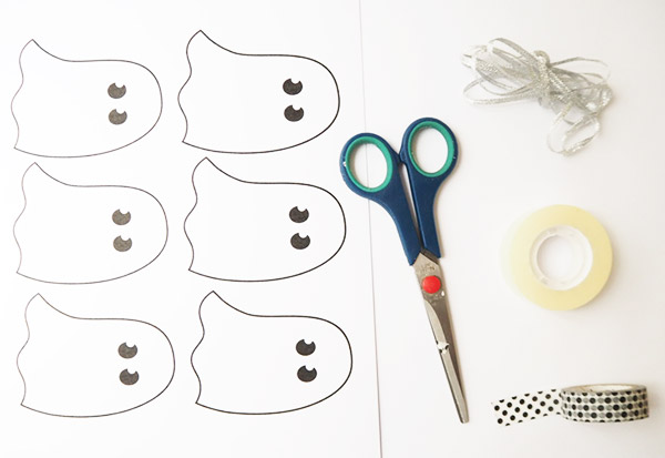 DIY Ghost Garland