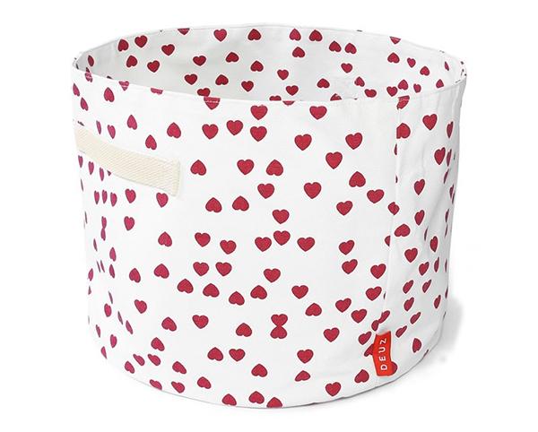 Deuz Heart Toy Basket