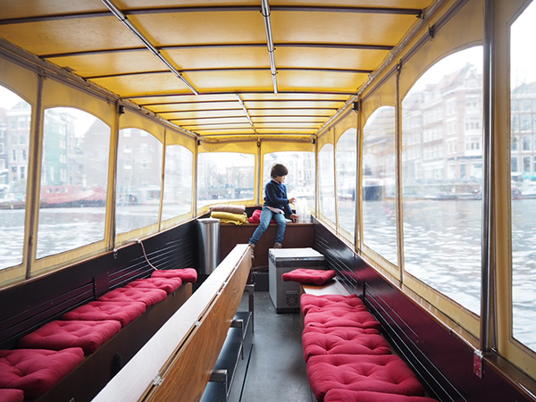 amsterdam-canal-boat-ride