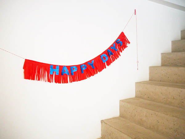 DIY Happy Days Banner